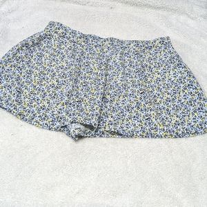 Gap Stretchy Summer Shorts in Floral Print Size L